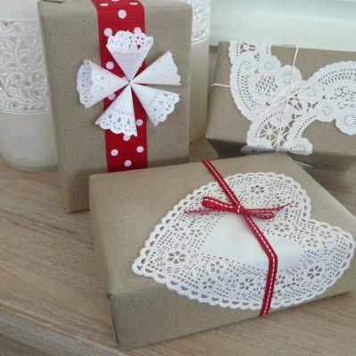 gift wrap - doilies